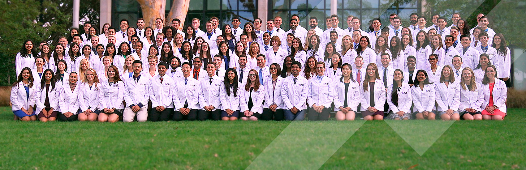 Incoming school of medicine students at white coat ceremony day