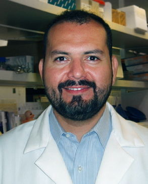 CTRI KL2 awardee Gabriel Wagner, MD, at the UC San Diego Center for AIDS Research