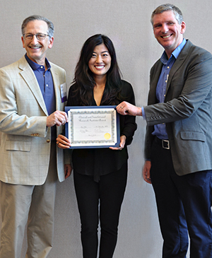 Jane Kim, MD recieves award
