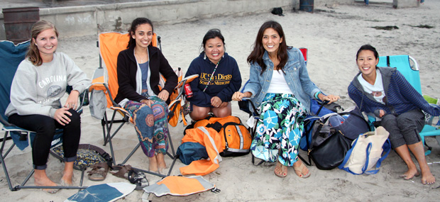 Members of the UC San Diego Medicine-Pediatrics Residency Program at La Jolla Shores beach near UC San Diego.